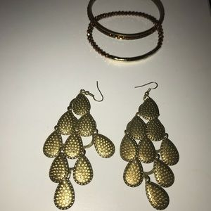 Jewelry - Earrings and bracelets set